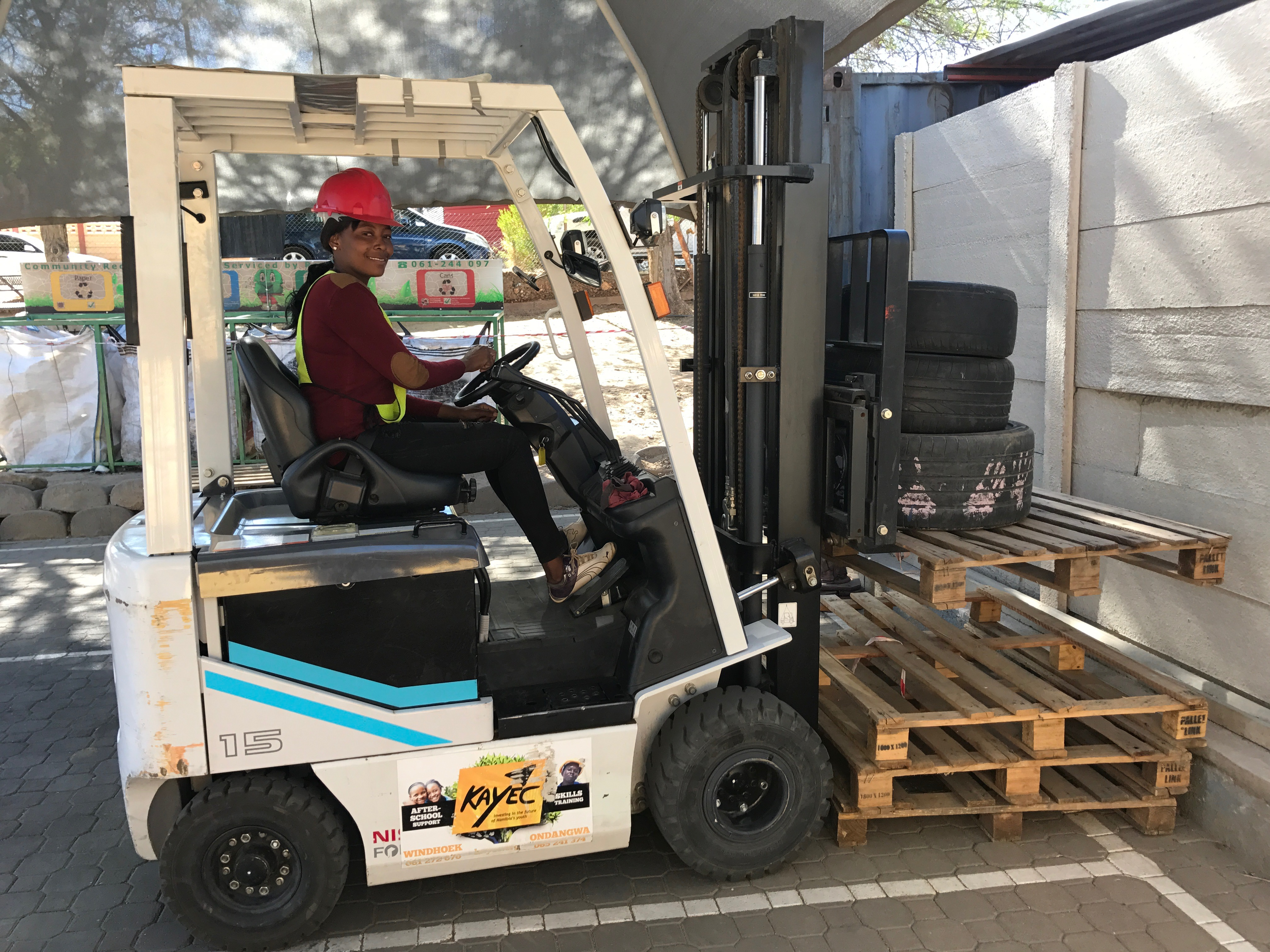 Women drive namibian forklifts kayec one of our many female forklift graduates forklift operator training costs n1200 full time from monday to friday ondangwa and windhoek xflitez Image collections